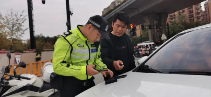 这些路口严查!杭州开展电动自行